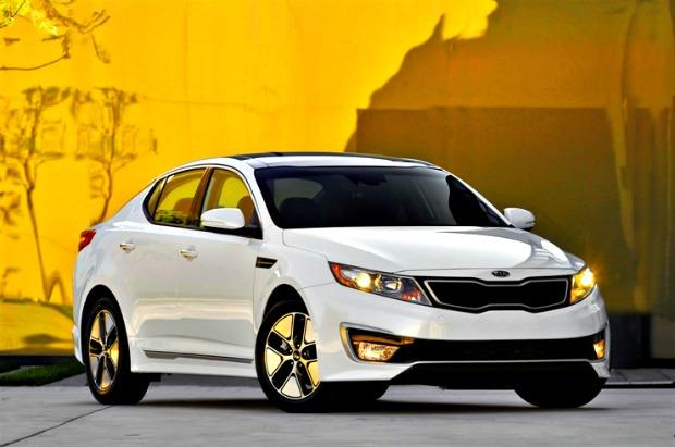 Five top gas mileage, wallet-friendly cars for 2013 1