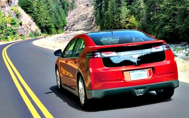 2013 Chevrolet Volt: Slick, practical, fuel-stingy engineering marvel 4