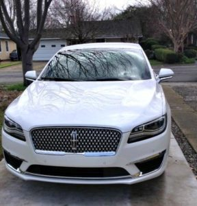 2017 Lincoln MKZ Hybrid: Efficient, luxurious, priced right 4