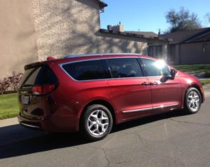 2017 Chrysler Pacifica: New strong rival in minivan niche 2