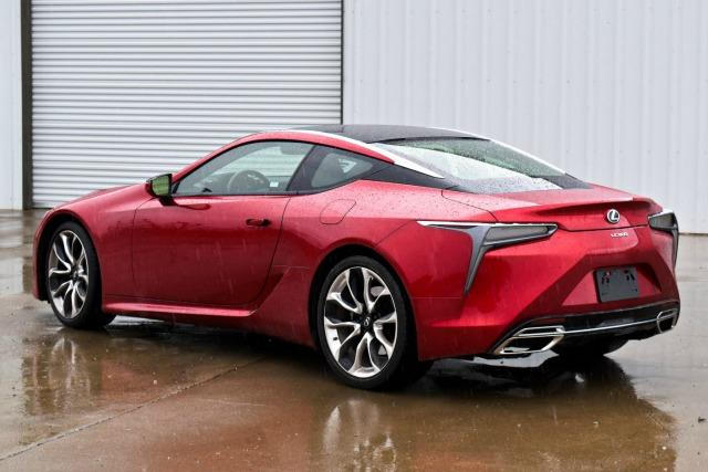 The 2018 Lexus LC 500 had 471 horsepower and a 10-speed automatic transmission.