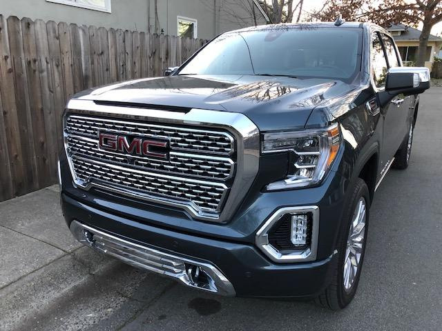 The 2019 GMC Sierra has many new features.
