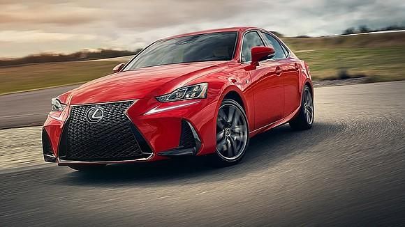 2019 Lexus IS350, a worthy sporty sedan failing 3