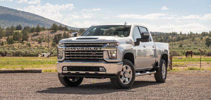 Truck wars: Chevy, Ford, Ram push towing capacity max 1