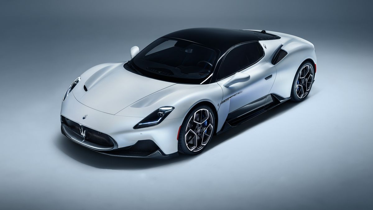 The 2021 Maserati MC20 is a new mid-engine supercar with a horrible name.