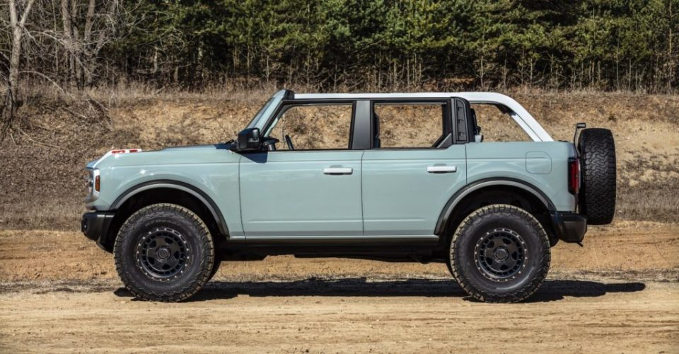 The 2021 Ford Bronco and 2021 Ford Musrang Mach, both VIN 001, will be auctioned for charity at the Barrett-Jackson Auction in Scottsdale, Arizona, during famed auction weeklong gathering, March 20-27.