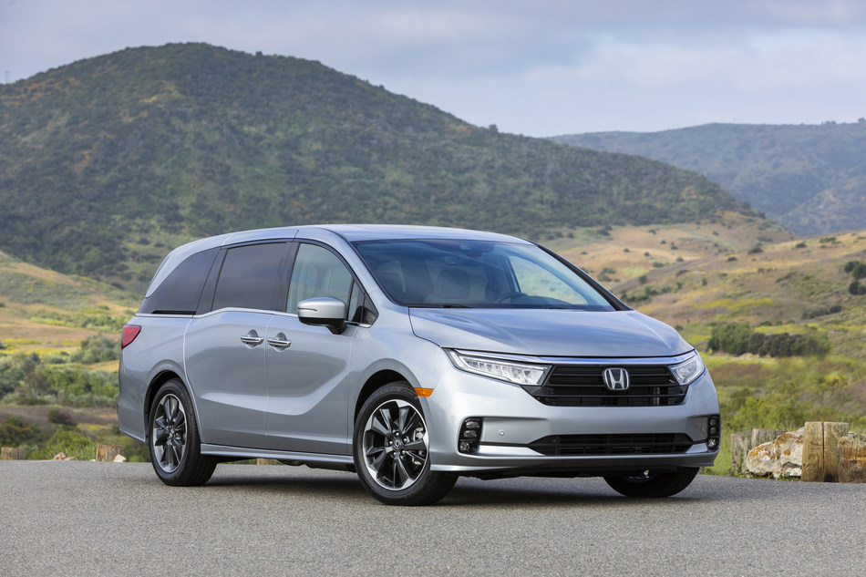 The Honda Odyssey, the former standout and industry wonder, is now 27 years and stagnant. But it's not the minivan's fault.