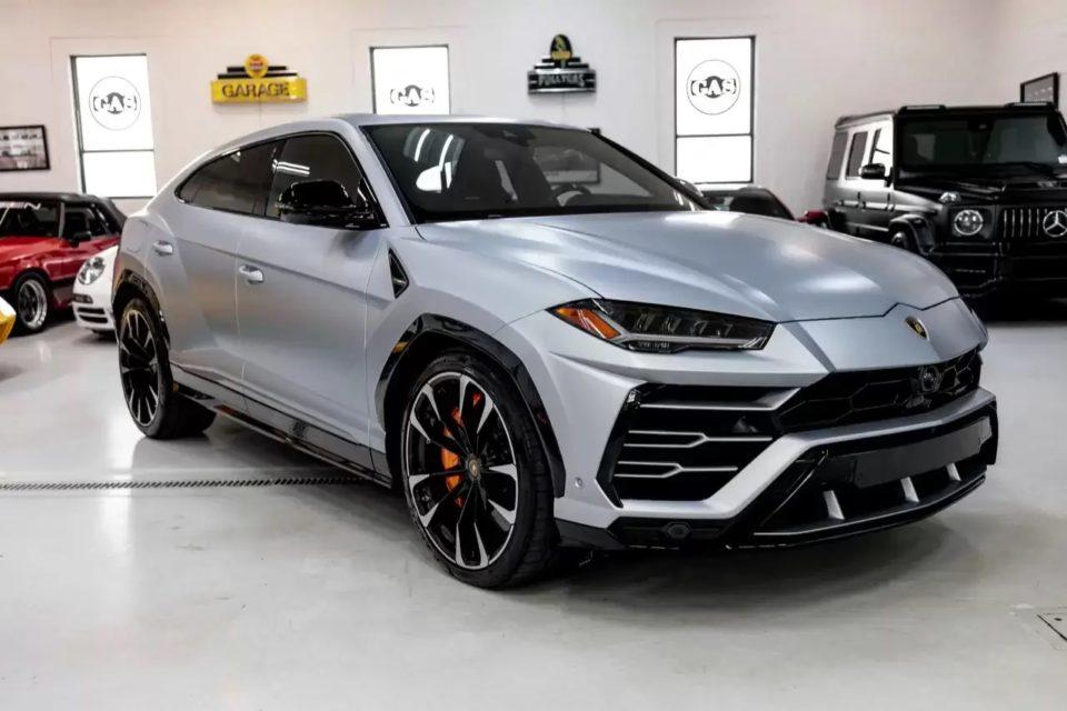 A 2019 Lamborghini Urus is among the exotic cars for sale on thatsanicecar.com.