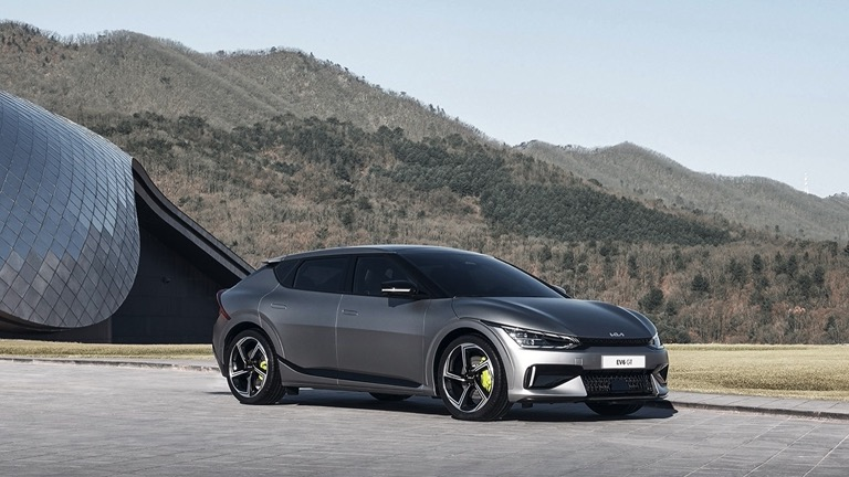 The 2022 Kia EV6 will take carmaker in a new direction.