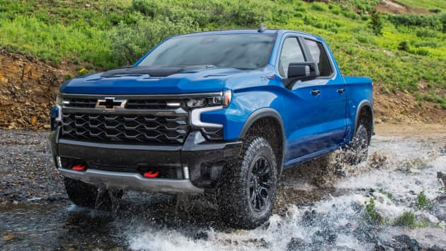 General Motors has switched directions, announcing a new Silverado before its pending EV lineup.