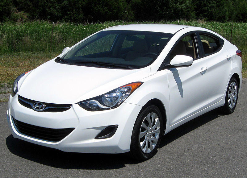 Hyundai Elantra, 2011: Sleek, handsomely sculptured 11