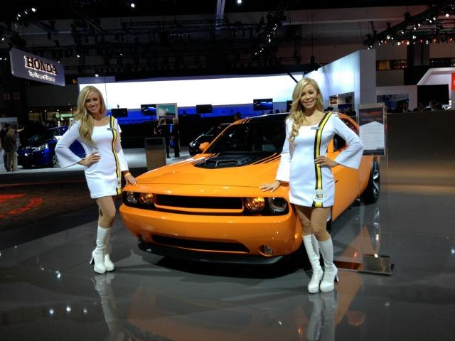 2016 LA Auto Show: foam cars, electric vans, new colors 5