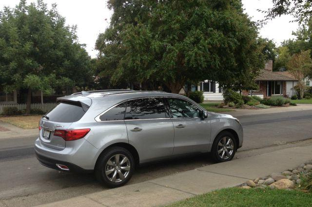 The 2016 Acura MDX has been updated with many new features.