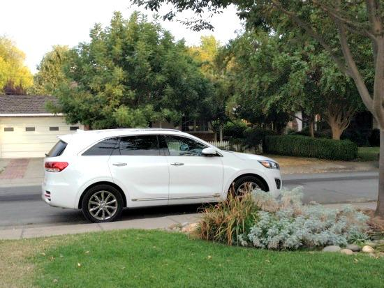 2016 Kia Sorento: Underdog SUV gains on Toyota, Hyundai 5