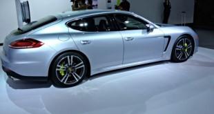 The 2014 Porsche Panamera at the 2013 LA Auto Show.