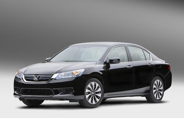 Honda Accord Hybrid, 2014: 49 mpg 4