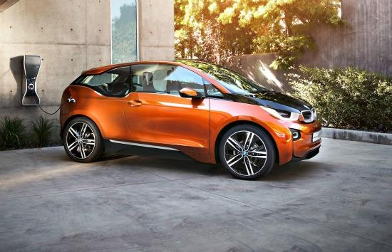 BMW debuts all-electric vehicle with 100-mile range 1