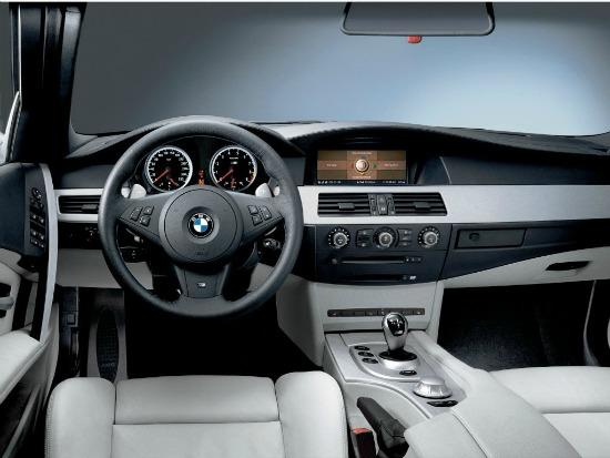 Ruptured airbags in BMW from 200-2006 models could cause injuries.