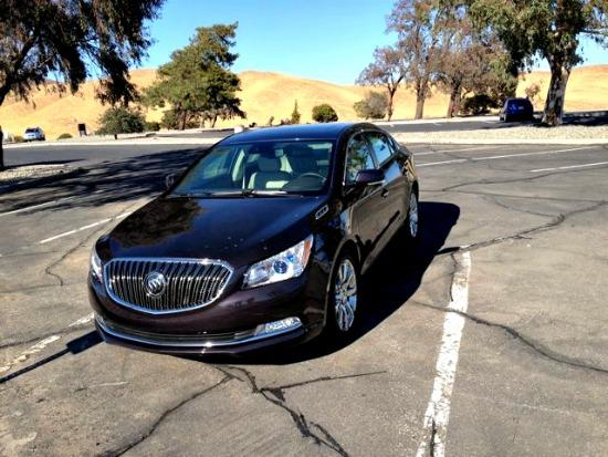 The 2014 Buick LaCrosse new interior and exterior features.