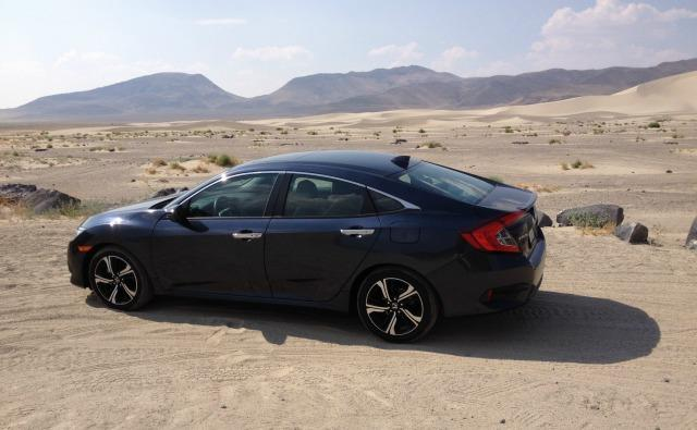 2016 Honda Civic Touring: Hot desert, high speed, long haul 5