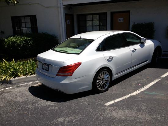 The 2014 Hyundai Equus has been updated.
