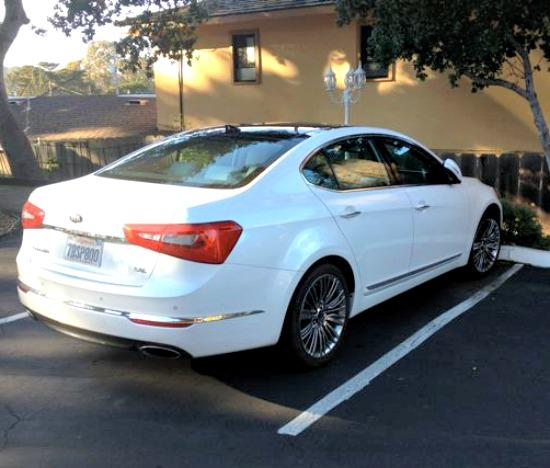 REVIEW: 2014 Kia Cadenza joins rivals with gusto