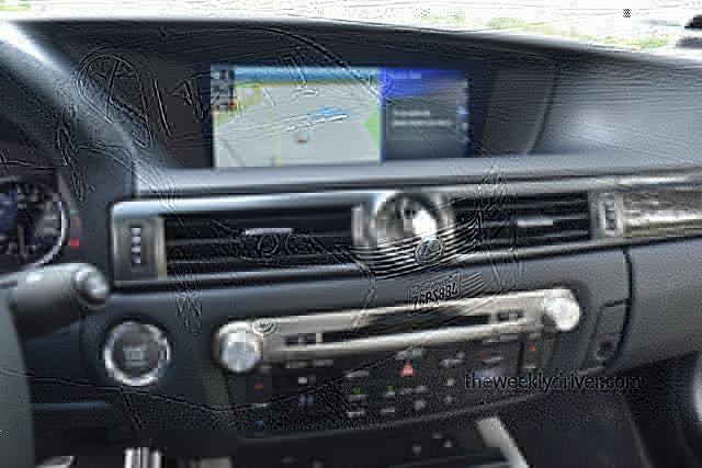 2015 Lexus ES 300h: Redefines luxury, hybrid marriage 2