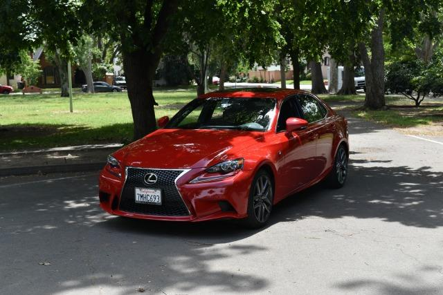 2016 Lexus IS200: New luxury sedan gives BMW pause 4