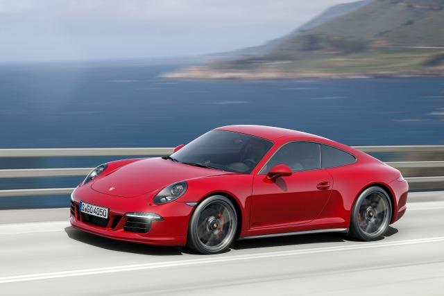 NEW CAR PREVIEW: Porsche 911 Carrera GTS 1