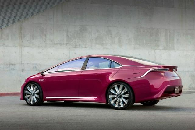 The Family of Prius, hybrid cars still dominate