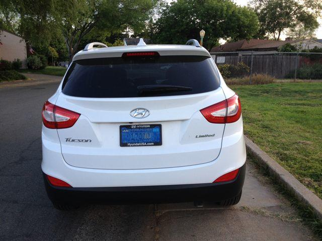 The 2016 Hyundai Tucson is resigned.