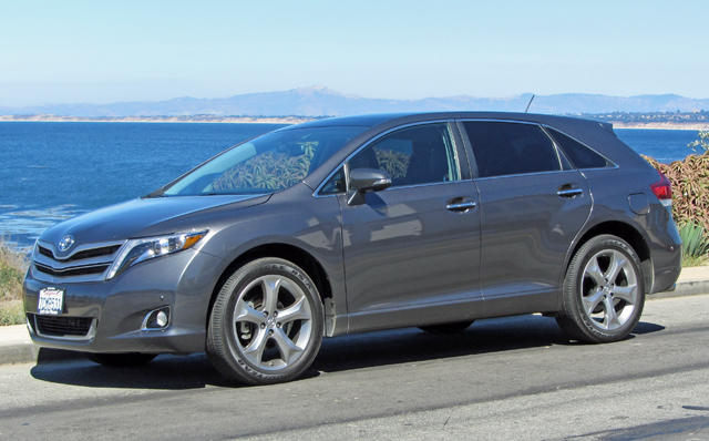 The 2014 Toyota Venza had surprisingly strong acceleration. All images © 2014, Bruce Aldrich, www.tahoetruckeeoutdoor.com